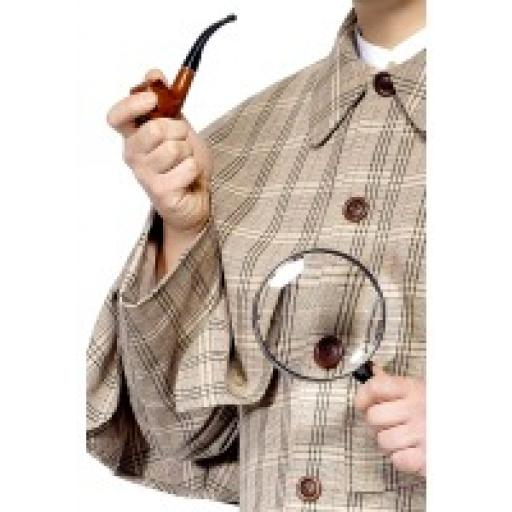 Sherlock Holmes Kit pipe and magnifying glass.