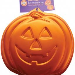 Wilton Pumpkin Halloween Cake Pan