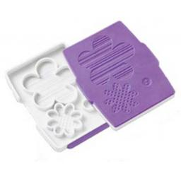 Wilton Button Flower Fondant Cut &Press