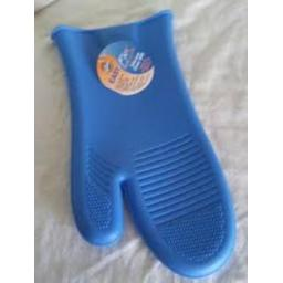 Wilton Blue Easy Flex Silicone Oven Mitt High Heat