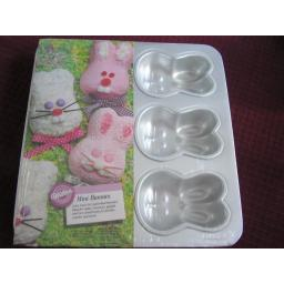 Wilton 6 Cavity Mini Bunnies