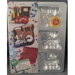 Wilton Mini Locomotive Cake Pan