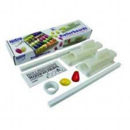 PME Marzipan Rollerboard Kit2
