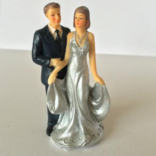 Resin 50th Anniversary Couple Cake Topp25